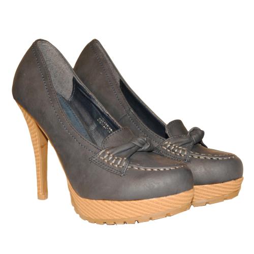 pantofi-toc