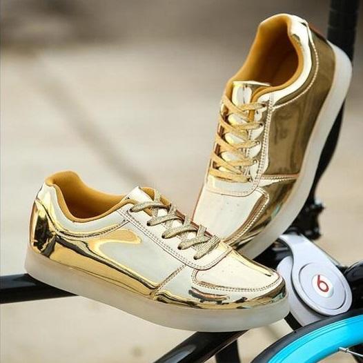 Adidasi cu Leduri Gold