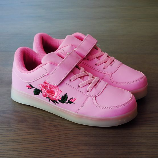 Adidasi-led-roz-trandafir-3