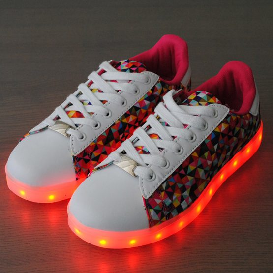 adidasi led white fuxia